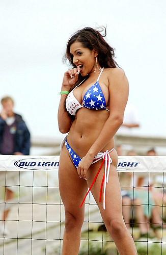 2004 Bikini Bash Windjammer