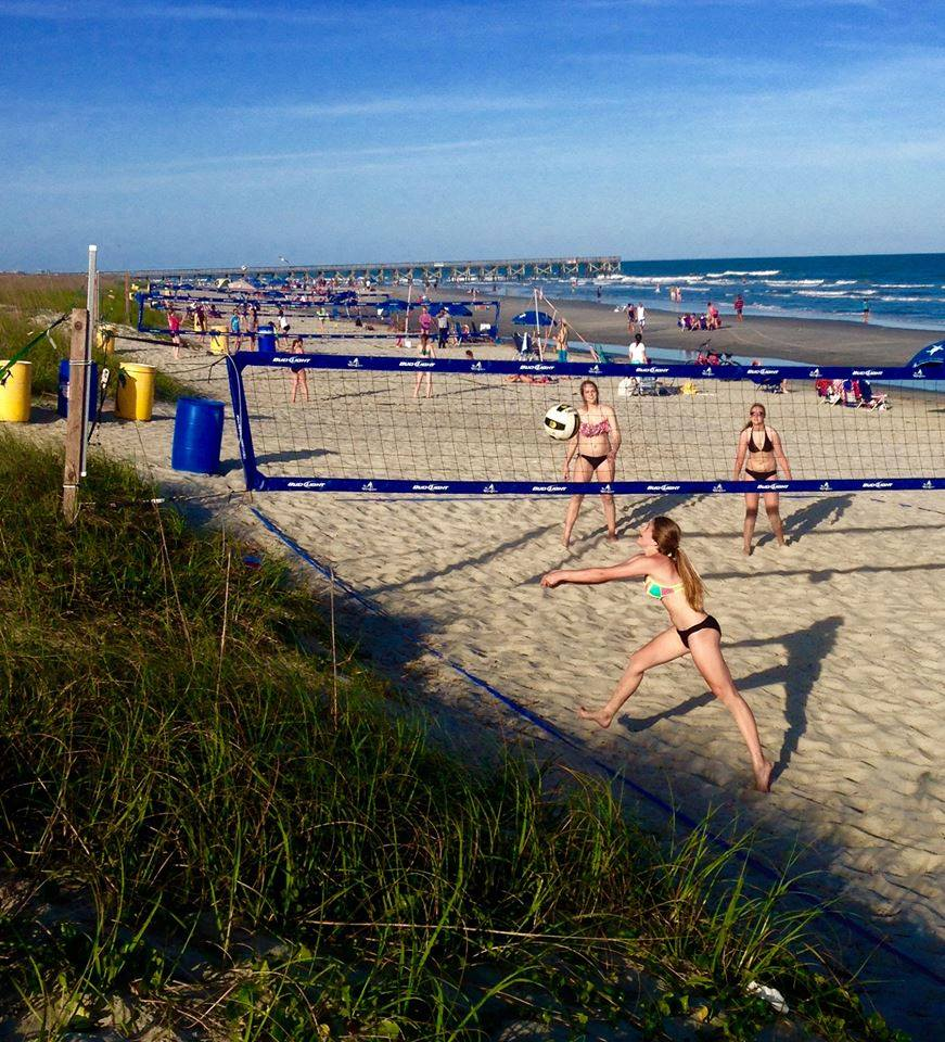 Beach House Isle Of Palms: Windjammer Volleyball