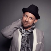 Kristian Bush of Sugarland W/Jordan Covington band