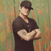 Jerrod Niemann – Outdoor Sunset Concert